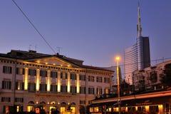 Milano - hotel de Moschino del mesón y nuevo rascacielos Foto de archivo