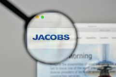 Milano, Italia - 1° novembre 2017: Logo o di Jacobs Engineering Group Fotografia Stock