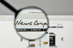 Milano, Italia - 1° novembre 2017: News Corp logo sul sito Web immagine stock libera da diritti