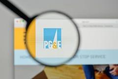 Milano, Italia - 1° novembre 2017: PG & E Corp logo sul websit immagini stock libere da diritti