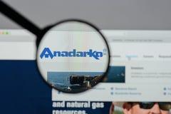 Milano, Italia - 10 agosto 2017: Homep del sito Web del petrolio di Anadarko Fotografia Stock Libera da Diritti
