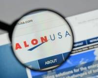 Milano, Italia - 10 agosto 2017: Homepage del sito Web di energia di Alon U.S.A. Immagine Stock