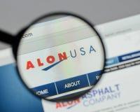 Milano, Italia - 10 agosto 2017: Homepage del sito Web di energia di Alon U.S.A. Fotografia Stock Libera da Diritti