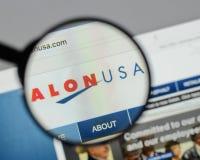 Milano, Italia - 10 agosto 2017: Homepage del sito Web di energia di Alon U.S.A. Fotografie Stock