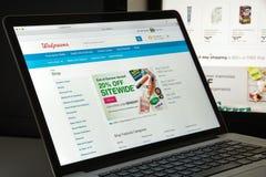 Milano, Italia - 10 agosto 2017: Homepage del sito Web di Walgreens i Immagine Stock Libera da Diritti