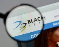 Milano, Italia - 10 agosto 2017: Logo delle tenute della rete di Blackhawk Immagini Stock Libere da Diritti