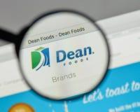 Milano, Italia - 10 agosto 2017: Logo di decano Foods sul sito Web h Immagine Stock Libera da Diritti