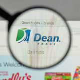 Milano, Italia - 10 agosto 2017: Logo di decano Foods sul sito Web h Immagine Stock