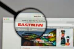 Milano, Italia - 10 agosto 2017: Logo di Eastman Chemical sul web immagine stock libera da diritti