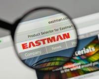 Milano, Italia - 10 agosto 2017: Logo di Eastman Chemical sul web fotografia stock libera da diritti