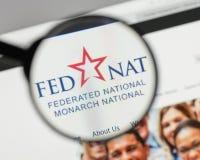 Milano, Italia - 10 agosto 2017: Logo nazionale organizzato in modo federativo della tenuta fotografie stock