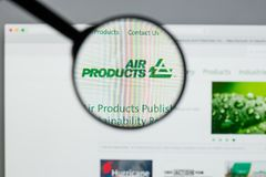 Milano, Italia - 10 agosto 2017: Websit di Air Products & Chemicals fotografie stock libere da diritti
