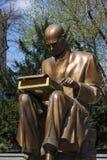 Milano, Italia, Europa, Indro Montanelli, monumento, bronzo, scultura, giornalista, giornalismo, giardini pubblici di Indro Monta fotografia stock