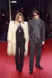 MILANO, ITALIA - 2 MARZO: Carine Roitfeld e Mario Sorrenti assistono alla bellezza estrema nel partito di Vogue al della Ragion di Fotografie Stock