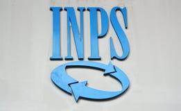MILANO, ITALIA - 7 SETTEMBRE 2017: Logo dell'INPS a Milano L'INPS anche conosciuto come Istituto Nazionale della Previdenza Socia Fotografia Stock