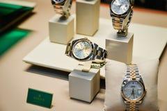 Milano, Italia - 24 settembre 2017: Orologi di Rolex in un deposito dentro Fotografie Stock