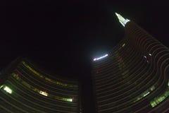 Milano, Italia, vista finanziaria di notte del distretto Fotografia Stock Libera da Diritti
