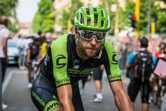 Milano Italien 31 Maj 2015; Ryader Hejedal som tröttas efter fulländande Postgirot D'Italia Royaltyfri Bild