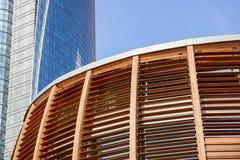 Milano, Italy 22 2017 Czerwiec: kopuła sufit wierza Drewniany kopuła szczegół Naturalni materiały tak jak drewno używają Zdjęcia Stock