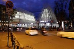 Milano, Milano, vista del castello e expogate quadrati Fotografia Stock