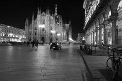 Milano, Milano, vista frontale della cattedrale di Milano (Di Milano del duomo) alla notte Immagini Stock