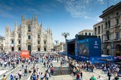 Milano sostiene il finale 2016 della lega fotografia stock libera da diritti