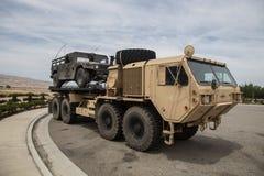 Milatary Ciężkiej Rozprężonej ruchliwości Taktyczna ciężarówka obrazy royalty free