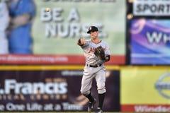 2014 MiLB - difesa dell'infield di baseball Immagine Stock
