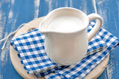 Milch Stockfoto