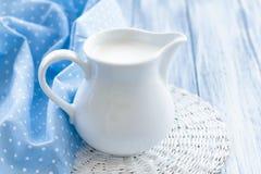 Milch Stockbilder