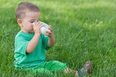 Milch gibt Gesundheit! Stockfoto