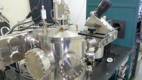 Milchgewinnung Apparat für abfüllende Milchprodukte stock footage