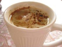 Milchkaffee zum Frühstück Lizenzfreie Stockfotografie