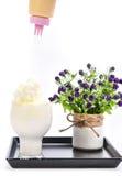Milchshake auf einem weißen Hintergrund Lizenzfreies Stockfoto