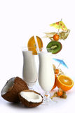 Milchshakecocktail und -nachtisch chery Lizenzfreie Stockbilder
