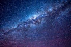 Milchstraße im nächtlichen Himmel von Atacama-Wüste Chile lizenzfreies stockfoto