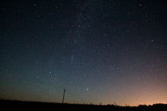 Milchstraße Schöner Sommernächtlicher himmel mit Sternen Lizenzfreie Stockfotos