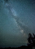 Milchstraße und Meteor Stockfotografie