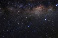 Milchstraßegalaxie mit Sternen und Raum wischen im Universum ab Stockfotografie