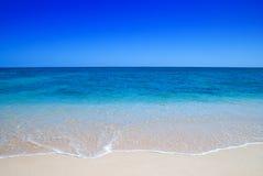 Mildern Sie Wellen stockbilder