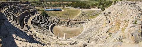 Miletus, τουρκικό Milet, πανοραμική άποψη θεάτρων, Τουρκία Στοκ Εικόνες