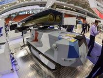 """MILEX międzynarodowa wystawa ręki i militarny wyposażenie: Samojezdny robotized zbiornika system rakietowy """"BOGOMOL"""" zdjęcie royalty free"""