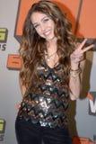 Miley Cyrus sul tappeto rosso. Fotografie Stock Libere da Diritti