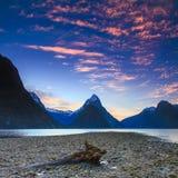 Milford Sound日落风景视图 库存照片