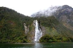 Milford Sound瀑布 免版税库存图片