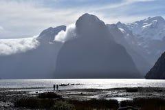 Milford Sound durante la bajamar Fotos de archivo