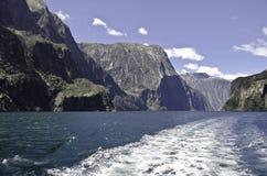 Milford Sound Härliga Nya Zeeland Fotografering för Bildbyråer