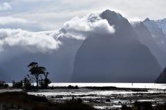 Milford Sound na maré baixa Imagem de Stock Royalty Free