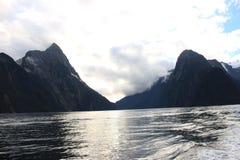 Milford Sound nebuloso Fotos de Stock Royalty Free