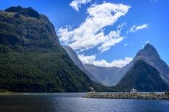 Milford Sound In qualche luogo in Nuova Zelanda Fotografie Stock